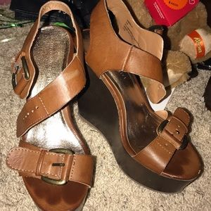 Size 7 brown wedges